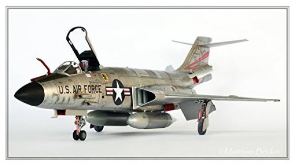 Kitty Hawk KH80115 1//48 F-101 A//C Voodoo
